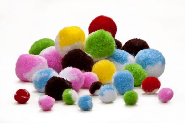 Pompons 1-5cm sortiert, zweifarbig, 100 Stück