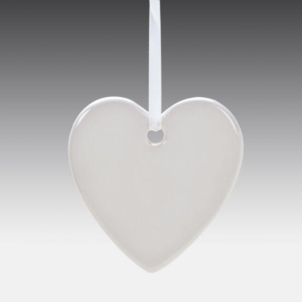 Keramik-Herz, ca. 7,5 cm, 8 mm stark, mit Aufhänger 8 St./Ktn.