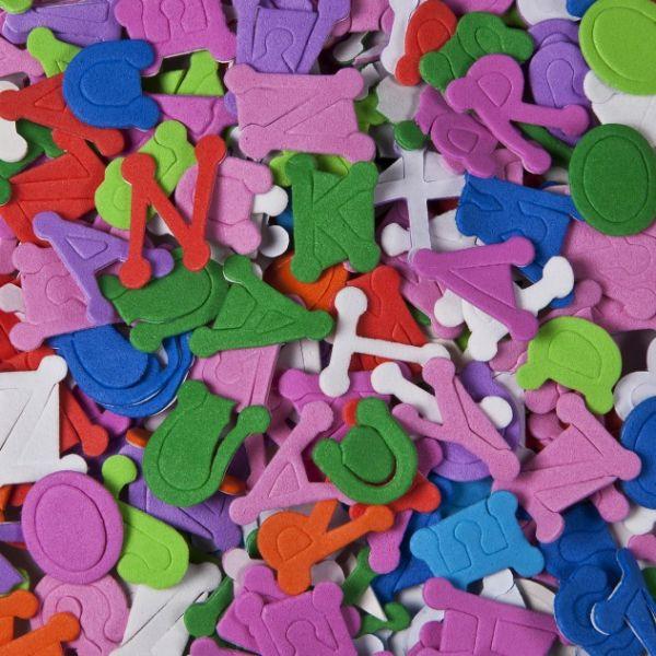 Moosgummi-Buchstaben selbstklebend ca. 1,5x1,5cm 700 Stück
